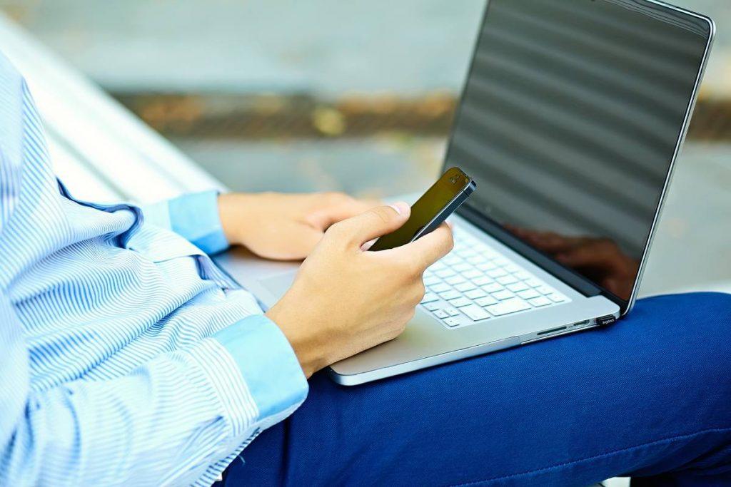 سهولت استفاده از وردپرس و سایت اختصاصی برنامه نویسی شده